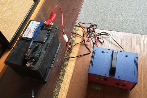 充電器MV12-10